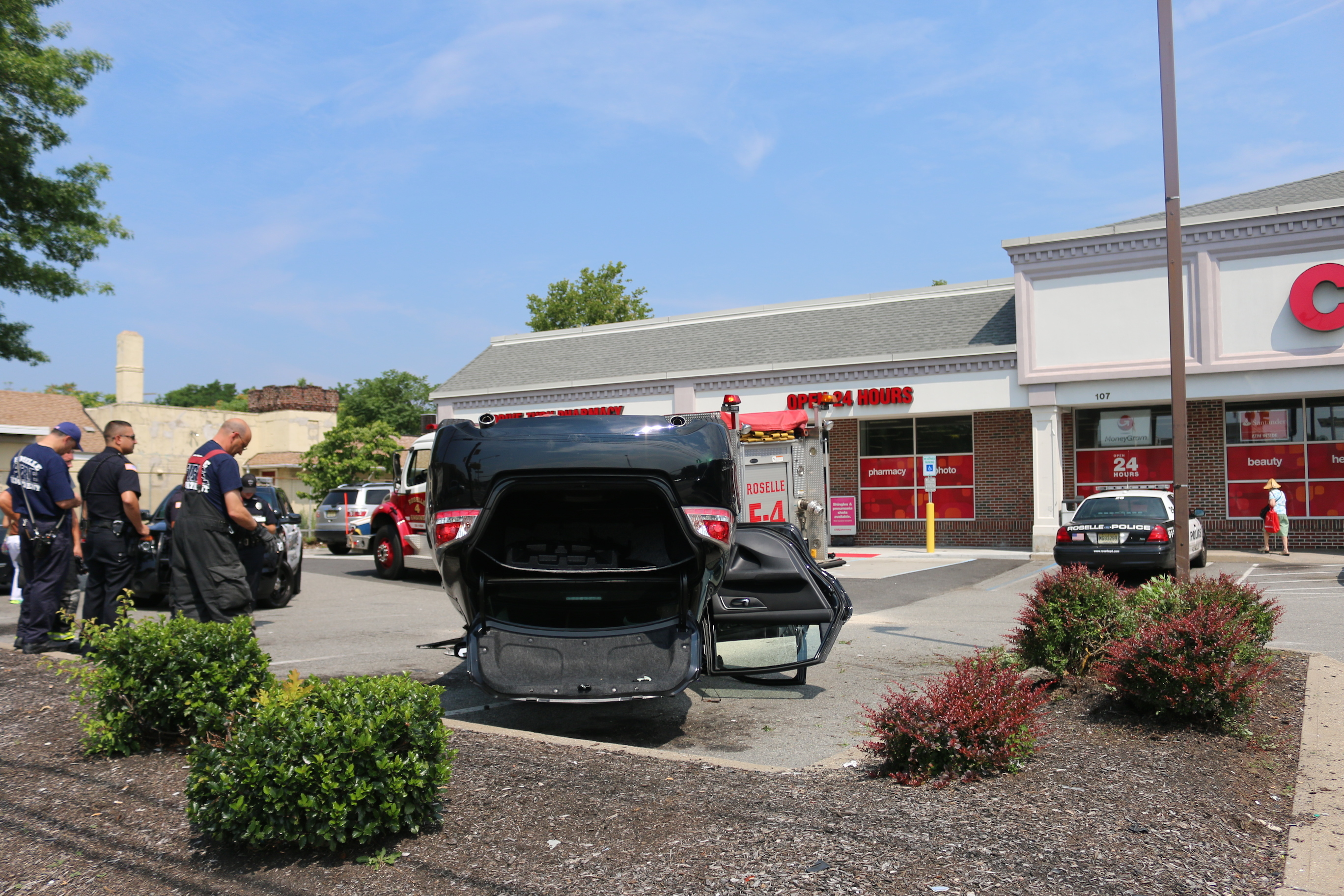 auto lands on roof in cvs parking lot clark nj news tapinto