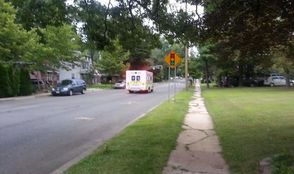 Ambulance Approaches Broken Traffic Light