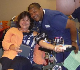 Peapack-Gladstone Bank employee and Fall Blood Drive donor, Elizabeth von der Linde.