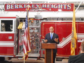 Sen. Cory Booker and Rep. Leonard Lance Visit Berkeley Heights To Present $185,360 Federal Grant For Firefighter Assistance, photo 17