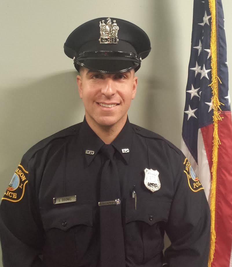 fed25e8abcec90eb0436_Officer.jpg