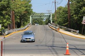 Senate President Steve Sweeney Visits Roselle Bridge to Address NJ Infrastructure, photo 2