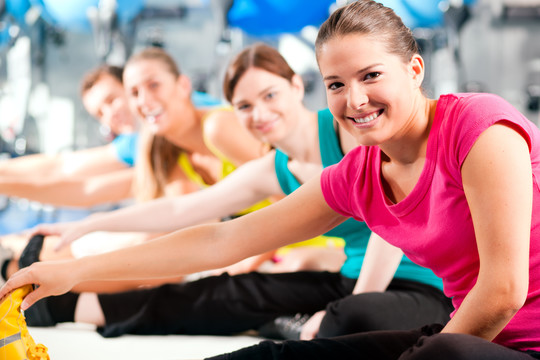 Top_story_0a0d2a13c788b3456bd1_stretching_women