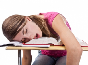 Top_story_e43a04b5bd1f941f5bf8_sleeping_student