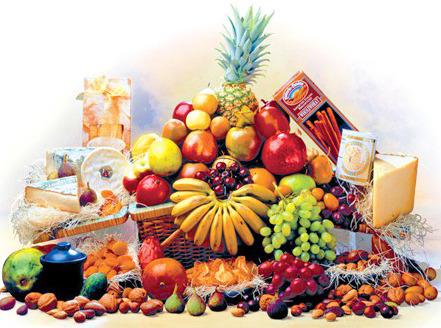 9fe3221b4fd471b1265d_garden_of_eden_basket_fruit_and_cheese.jpg