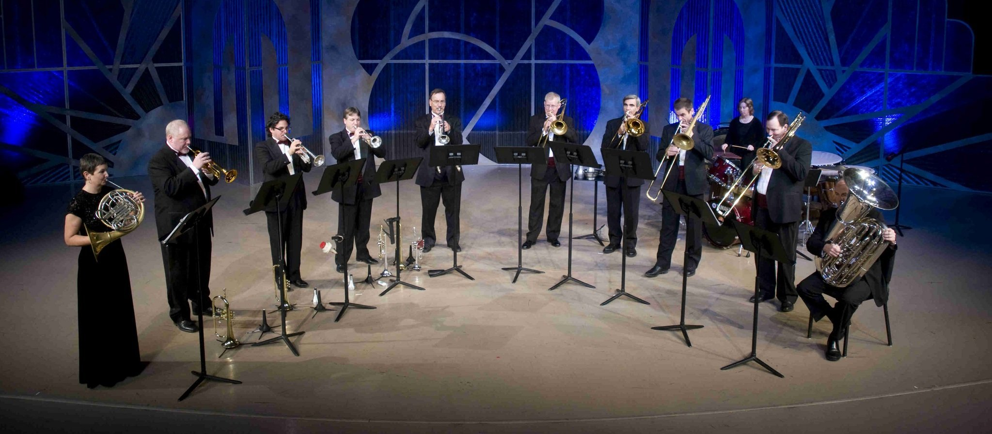 7e2a9726ef2330633fb8_Photo_1_-_Solid_Brass_in_concert.jpg