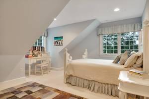 15 - Third Floor Bedroom.jpg