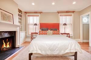 21 - Bedroom.jpg