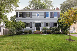 48 Canoe Brook Pkwy, Summit NJ: $1,025,000