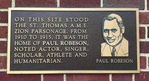 Paul Robeson Plaque St Thomas AME Zion Parsonage.jpg