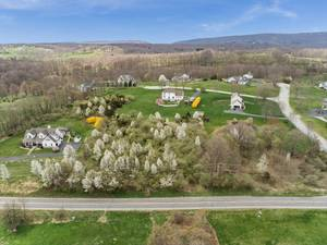 Beautiful 1.28 Acre lot In Lilac Farms!