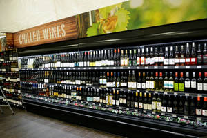 Carousel_image_0a0d13f00676c2c7e5f4_b74f-2016211-wine-toronto-supermarket.jpg-resize_then_crop-_frame_bg_color_fff-h_800-gravity_center-q_70-preserve_ratio_true-w_1200_