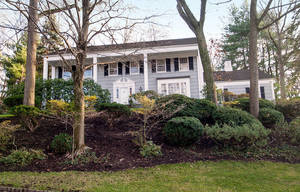 84 Dale Drive, Summit NJ: $1,330,000