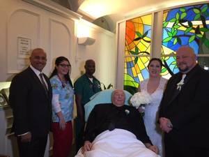 Carousel_image_0a78f7b9ba46dd85fad2_chapel_wedding