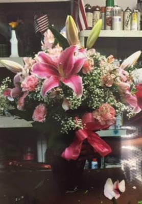 Carousel_image_0bf95f145aa6eae881a8_sle_program_-_flowers