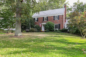 14 Blackburn Place, Summit NJ: $1,645,000