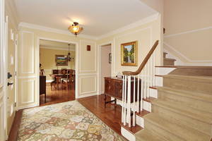 Immaculate and Renovated Colonial!