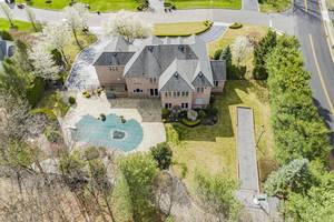 Lakeview Backyard-2