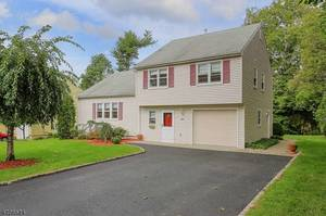 RENTAL: Must See New Providence Home