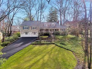 14 Warwick Road, Summit, NJ: $1,299,000