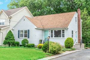 24 Greenfield Avenue, Summit, NJ:$685,000