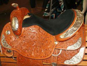 Carousel_image_139976e72d5ce65ad692_saddle