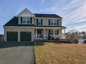$379,900 2 Pilot Court Barnegat, NJ 08005