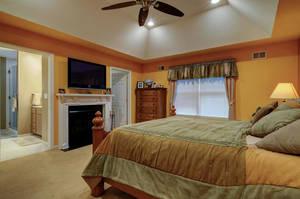 5 Schmidt Ln Clark NJ 07066-large-019-017-Master Bedroom-1500x997-72dpi - Copy.jpg