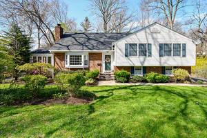 16 Deerfield Rd, New Providence NJ: $739,500