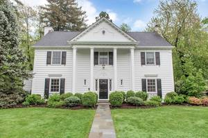 2 Plymouth Road, Summit, NJ: $1,495,000
