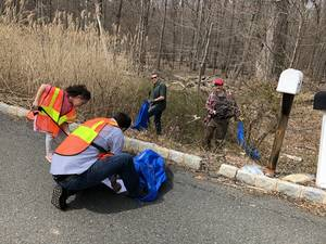Picture - Watchung Way Clean-Up April 2019.jpeg