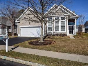 $279,000 4 Pond View Circle Barnegat