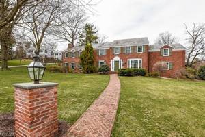 78 Edgewood Rd, Summit NJ: $1,455,000