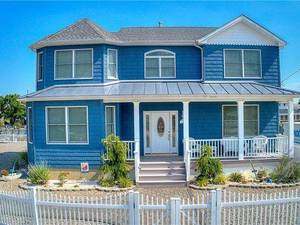 $659,900 29 Lillian Drive Beach Haven West