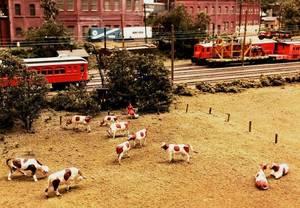 Carousel_image_1e7b47822376af60a9e0_model_trains__farm_scene_