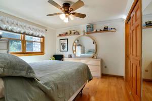 35 Munsee Dr Cranford NJ 07016-large-035-34-Master Bedroom-1500x997-72dpi.jpg