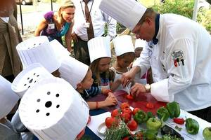 Carousel image 21ece8e732cea2bf9328 29efeada88707fc002b8 healthy eating demo with chef todd