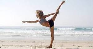 Power Core Yoga - standing bow pulling.jpg