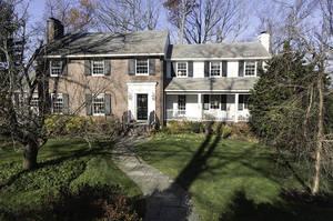 25 Greenbriar Drive, Summit NJ: $1,895,000