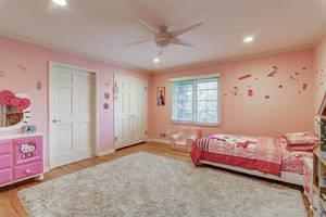 55 Bedroom.jpg