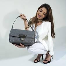 handbags-2251092_1920.jpg