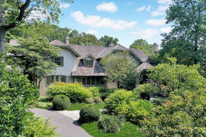 20 Adams Avenue, Short Hills, NJ:  $2,788,000