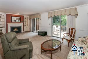 007_Living Room 1.jpg