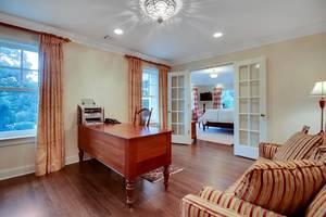 021-288202-EDIT master bedroom sitting room_6908608.jpg