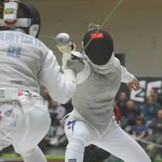 Carousel_image_2c37001869694652cca2_1d2f3793430a65f05df2_summer_fencing_clinics