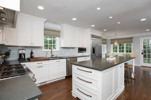 33_WindsorRd_kitchen-b_web.jpg