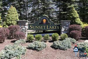 001_Sunset Lakes Community Sign.jpg
