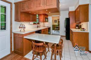007_Kitchen .jpg