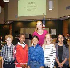 Carousel_image_310ba3f62bed45c5b466_a_mason_elementary_5th_graders_with_teacher_wanda_vogel