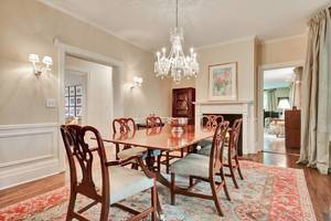 11 - Dining Room (1 of 2).jpg
